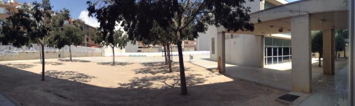 """Patio de Educación Primaria - CEIP """"El Paseo"""" Caudete (Albacete)"""